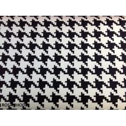 FREE-SPIRIT-PATCHWORK-FABRIC-HOUNDSTOOTH-BLACK
