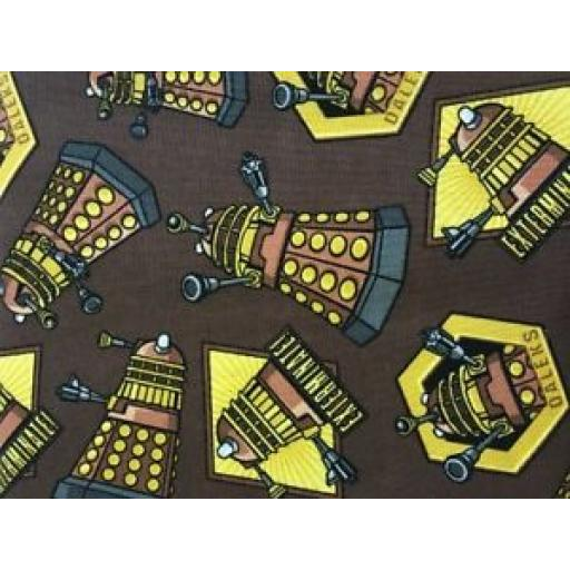 SPRINGS-CREATIVE-PATCHWORK-CRAFT-FABRIC-DR-WHO-DALEKS-57136