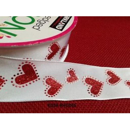 CHRISTMAS WIRE EDGED RIBBON - WHITE SATIN WITH GLITTERY RED HEARTS