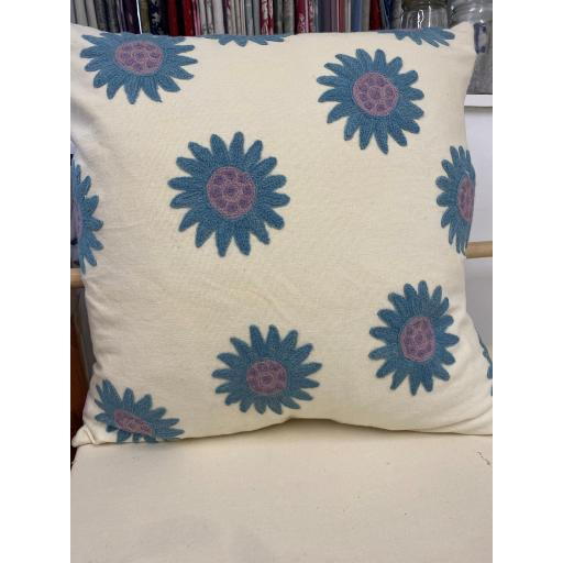 "20"" x 20"" BLUE CREWEL EMBROIDERED CUSHION COVER & FEATHER PAD"
