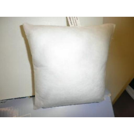"8"" x 8"" HOLLOW FIBRE FILLED INSERT CUSHION PAD"